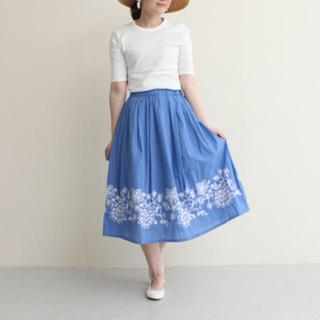 ドットアンドストライプスチャイルドウーマン(Dot&Stripes CHILDWOMAN)の刺繍 膝丈スカート 美品(ひざ丈スカート)