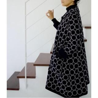 mina perhonen - 激レア。試着程度 ミナペルホネン タンバリン刺繍の上品コート38