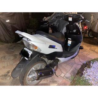 スズキZZ スクーター バイク オートバイ