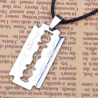 ペンダント ネックレス カミソリ 剃刀 シルバー レザー コード アクセサリー
