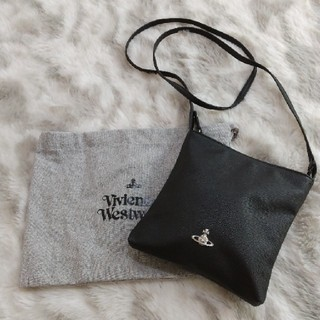 ヴィヴィアンウエストウッド(Vivienne Westwood)のヴィヴィアンウエストウッド ショルダーバッグ(黒)(ショルダーバッグ)