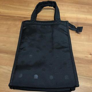 ユニクロ(UNIQLO)のUNIQLOオリジナル保冷バッグ【未使用、非売品】(ノベルティグッズ)