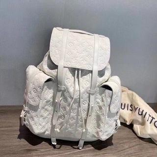 Louis Vuittonリュック/バックパック
