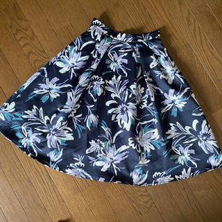 ジャスグリッティー(JUSGLITTY)のジャスグリッティー 花柄 フレアスカート(ひざ丈スカート)
