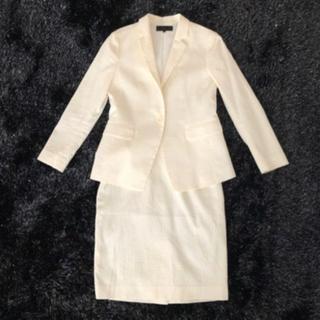 アンタイトル(UNTITLED)のUNTITLED レディーススーツ ホワイト サイズ2 未使用に近い(スーツ)