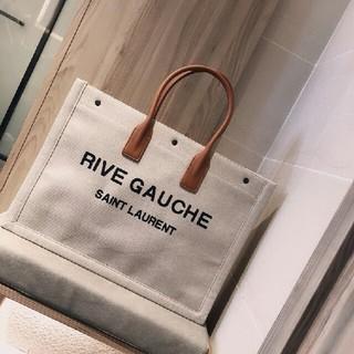 Yves Saint Laurent Beaute - サンローラン ショルダーバッグ