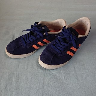 adidas - adidas 22.5 23.0 スニーカー 紺×淡オレンジ  スエード調