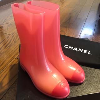 シャネル(CHANEL)のCHANEL 激レア ピンク クリアレインブーツ(レインブーツ/長靴)