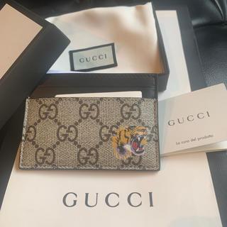 グッチ(Gucci)のGUCCI 定期入れ カード入れ(名刺入れ/定期入れ)