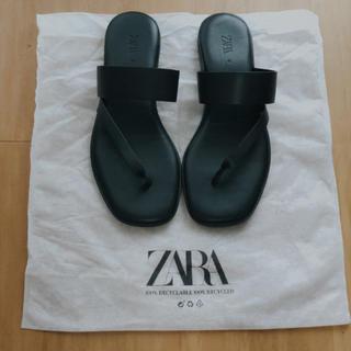 ZARA - ZARA  黒サンダル レザー風サンダル