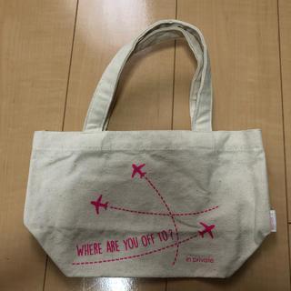 エーエヌエー(ゼンニッポンクウユ)(ANA(全日本空輸))の飛行機柄 バッグ(航空機)