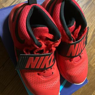 ナイキ(NIKE)の《値下げしました》NIKEナイキ バスケットシューズ 23.5 赤(バスケットボール)