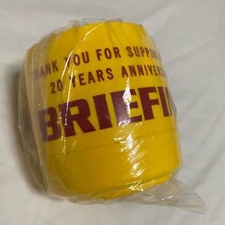 ブリーフィング(BRIEFING)の【 BRIEFING 20th限定 】マグカップ イエロー(グラス/カップ)