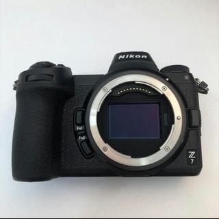 ニコン(Nikon)のNikon Z7   新品同様(ミラーレス一眼)