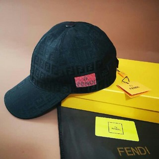 FENDI - ★FENDI★  キャップ