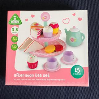 【新品・未使用】木のおもちゃ 紅茶・ケーキセット