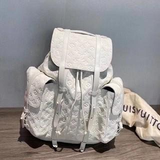 LOUIS VUITTON - Louis Vuittonリュック/バックパック