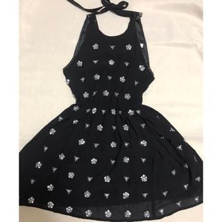 エミリアウィズ(EmiriaWiz)のビジュー&ビーズ盛り沢山♡キラキラ黒ドレス(ミニドレス)