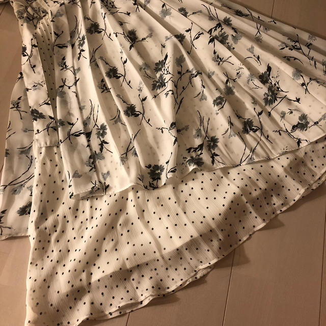 MERCURYDUO(マーキュリーデュオ)の美品🍊MERCURYDUOのワンピース レディースのワンピース(ロングワンピース/マキシワンピース)の商品写真