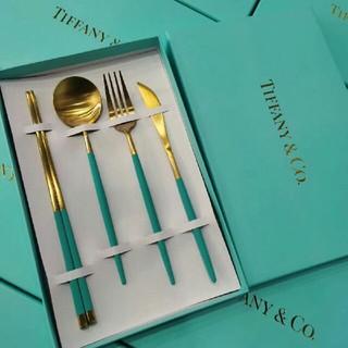 Tiffany & Co. - Tiffany & co.インスタ映え!オシャレなカトラリー4本セット!