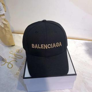 美品バレンシアガBalenciagaキャップ