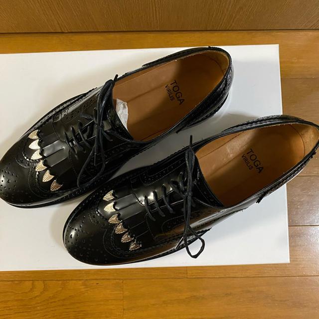 TOGA(トーガ)のTOGA VIRILIS フリンジ レザー ダービーシューズ メンズの靴/シューズ(ドレス/ビジネス)の商品写真