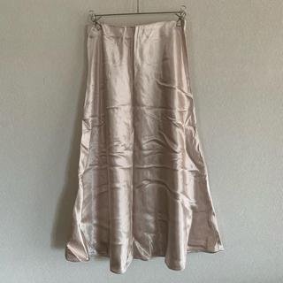 エイチアンドエム(H&M)の美品 H&M サテンロングスカート(ロングスカート)