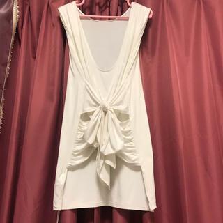SLY - SLY スライ ワンピース パーティードレス スカート 白 新品 タグ付き