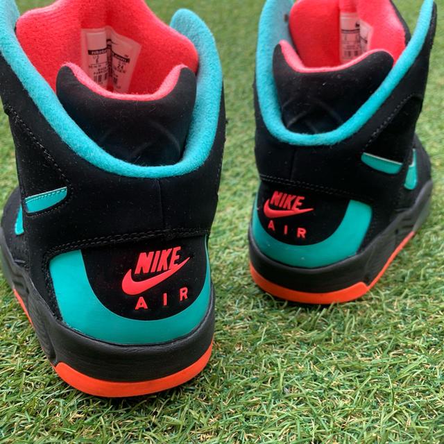 NIKE(ナイキ)の美品24 NIKE AIR FLIGHT LITE HI  ナイキ D961 レディースの靴/シューズ(スニーカー)の商品写真