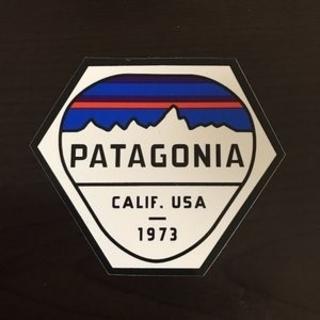 パタゴニア(patagonia)の(縦7.5cm横8.8cm)patagonia公式ステッカー(その他)