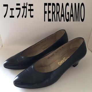フェラガモ(Ferragamo)のフェラガモ FERRAGAMO 紺 パンプス(ハイヒール/パンプス)