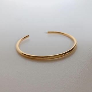 luxe simple bangle gold 近日入荷予定です。