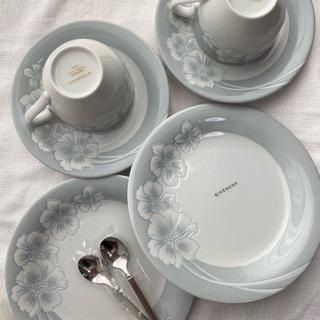 GIVENCHY - ジバンシィ ティーカップ&ケーキ皿&スプーンセット