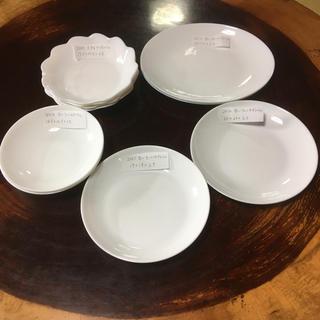 ヤマザキセイパン(山崎製パン)のヤマザキ春のパン祭り 白いお皿10枚セット(食器)