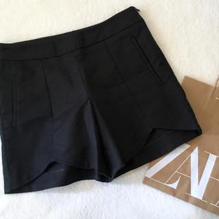 ZARA - ZARA xs裾変形カットストレッチショートパンツ ブラック