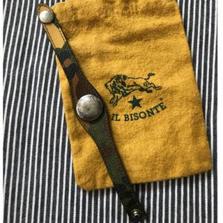 イルビゾンテ(IL BISONTE)のイルビゾンテ カモフラ柄 コンチョブレス(ブレスレット)