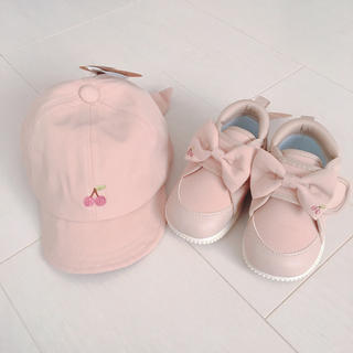 petit main - さくらんぼ刺繍 スニーカー キャップ