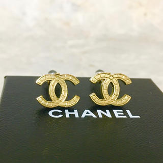 CHANEL - 正規品 シャネル イヤリング ゴールド マトラッセ ココマーク 金 ロゴ マーク