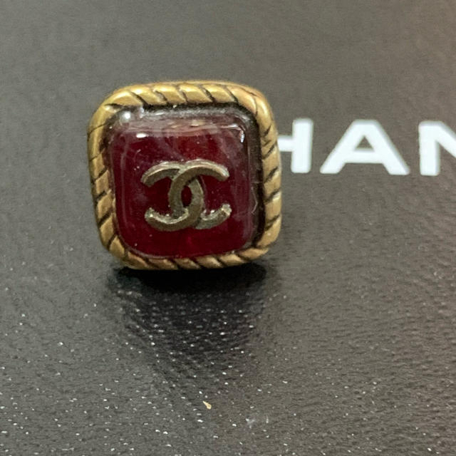 CHANEL(シャネル)の専用 シャネル ピアス ゴールド バーガンディ レディースのアクセサリー(ピアス)の商品写真