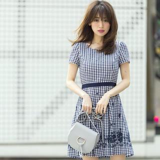 LAISSE PASSE - 【美品】レッセパッセ  フラワー刺繍ギンガムワンピース
