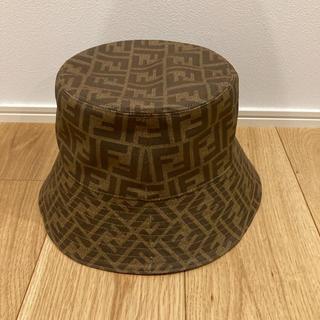 フェンディ(FENDI)の試着のみ 正規品 FENDI 帽子 バケット リバーシブルハット(ハット)