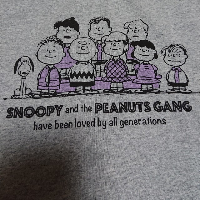PEANUTS(ピーナッツ)の新品 未使用 タグ付き peanuts スヌーピーTシャツ 100cm キッズ/ベビー/マタニティのキッズ服男の子用(90cm~)(Tシャツ/カットソー)の商品写真