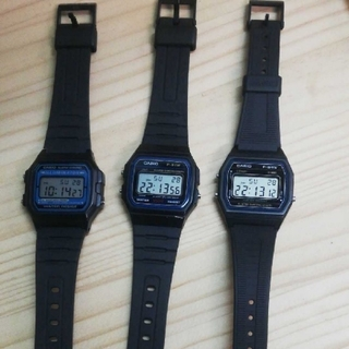 カシオ(CASIO)のCASIO f-105 f-91w  f-84w 3本セット(腕時計(デジタル))