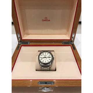 オメガ(OMEGA)のオメガ シーマスター アクアテラ  アニュアルカレンダー 白(腕時計(アナログ))