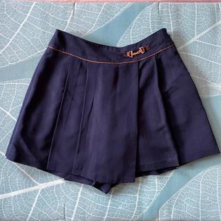 エニィスィス(anySiS)のany sis 紺色ショートキュロットスカート(キュロット)