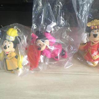 ディズニー(Disney)の『販売終了』ディズニーランド限定☆ベリーベリーミニー☆カプセルトイ☆3個(キャラクターグッズ)