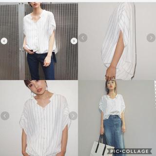 ムルーア MURUA ヘムバルーンデコルテシャツ 美品 シャツ 人気 ストライプ