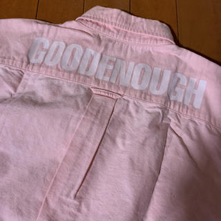 グッドイナフ(GOODENOUGH)のGOOD  ENOUGH☆背ロゴ入り  オックスフォードシャツ(シャツ)