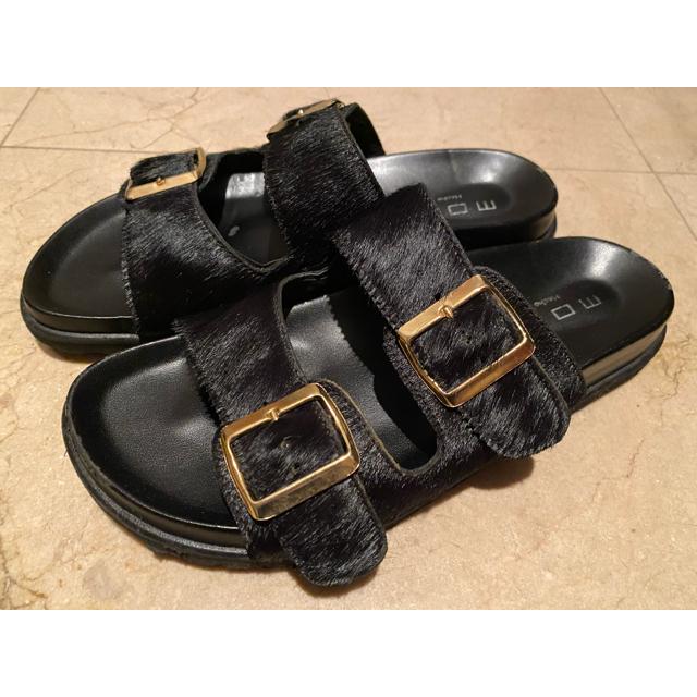 DEUXIEME CLASSE(ドゥーズィエムクラス)のMOHI モヒ ハラコサンダル ドゥーズィエムクラス 24 レディースの靴/シューズ(サンダル)の商品写真