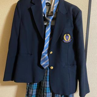 新栄高校 制服